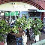 Cafe JAM - 緑に囲まれた大人チックな雰囲気