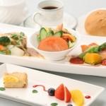 坂出グランドホテル - 料理写真:シェフのおまかせランチ¥1,080
