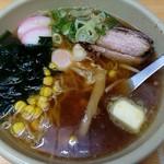 志乃ぶ - 料理写真:特製中華そば(750円)