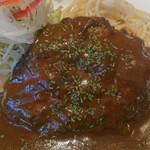 ヒデズキッチンアラカルト - 料理写真:デミグラスソースはたっぷり♪