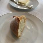 レストラン クレッセント - パン