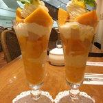 万惣フルーツパーラー - マンゴーパフェ