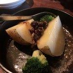 酢重DINING - 酢重特製じゃがバター 醤油豆添え