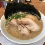 九州釜焚きとんこつ ばってんラーメン - 料理写真:ばってん盛りラーメン