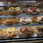 セカンドハウス - ケーキのショーケース
