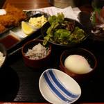 魚と酒 はなたれ - 大粒かきフライ&お刺身定食1100円