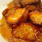 中華料理 ハルピン - 大学イモ   水に潜らせパリパリ飴に♪
