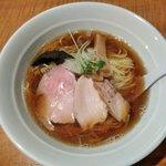 今日から - 魚介スープの杉樽しょう油ラーメン