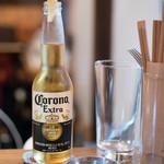スパイスドランカー やぶや - 2018.6 瓶ビール(500円)コロナ