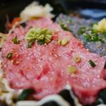 とびっちょ - 生シラス&トロすき身丼(本日の限定丼)