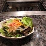 焼肉チャンピオン - セットのサラダ なかなか良い盛り