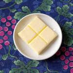 風 - さすが甲斐国、バターも武田菱? 店員さんに聞くと「特に意識してません」とのこと(笑)