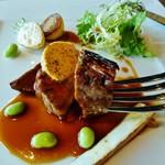 86942717 - 黒毛和牛ランプ肉と農園野菜のロティ