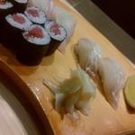 和食居酒屋なかじ - 鉄火巻、平目、鯛の握り
