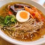 六盛 - 六盛 冷麺