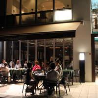 LUNGOFIUME - オープンテラスで優雅にお食事を テラス席はペット同伴可です♪