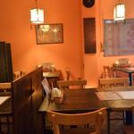 インド食堂ビジエさんのカリー屋1丁目 - 店内