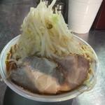 大 - 旨辛らーめん800円(ニンニクアブラ味濃い目野菜多め)