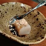 石臼挽きそば 石月 - デザートの蕎麦豆腐黒蜜がけ