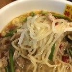 郭 政良 味仙 - 麺のリフト