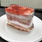 スーリィ・ラ・セーヌ - 苺のショートケーキ