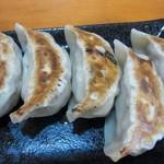 86965593 - 餃子 420円