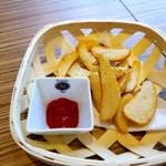 ピッツェリア ナオ - 別注文後 フライドポテト