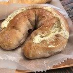 石窯パン工房 サンメリー - はちみつとクーリームチーズ
