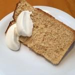 フレイバー - 料理写真:シフォンケーキ(メープル) メープルの香りが凄いっ!
