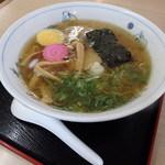 三門そば店 - 料理写真:ラーメン