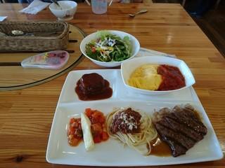 山麓館農場レストラン -