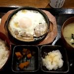しんぱち食堂 - ぶたばら目玉焼き定食:400円