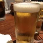 なるとキッチン 五反田店 - 生ビールが〜あるじゃないか〜♪