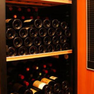 フランスワイン100種以上をご用意しています。