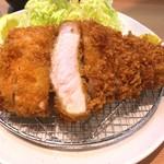 とんかつ目黒こがね - 林SPFロースカツ定食 1200円