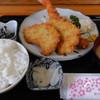 やまキ - 料理写真:海老ヒレカツ定食(972円)