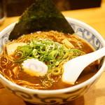 鯛だしそば・つけ麺 はなやま - 料理写真:鯛だしブラック そば (¥730)