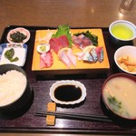 まりーな亭 - お刺身ランチ 1200円