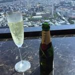 華 千房 - 追加シャンパン モエミニ