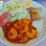 世世 - 料理写真:エビチリ定食1,080円
