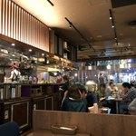 kawara CAFE&DINING -FORWARD- - 内観写真:店内