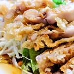 皇庭餃子房 - 鶏肉のサクサク揚げ