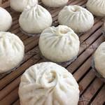 八軒吉草庵 - 料理写真:大きなセイロで肉まん・角煮まん・あんまんを蒸しあげます