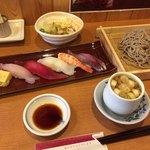 天龍 - すし蕎麦セット(鴨汁)
