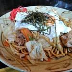 お好み焼 甚 - 料理写真:焼きそば 出汁+ウスターの和風仕立てです。