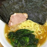 湘南乃家 - 料理写真:ラーメン並+極上海苔。¥650+¥150