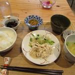 Cafe ミモザ - 料理写真:本日の日替りランチ