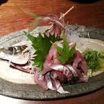 黄桜酒場 - アジ造り700円