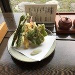 蓼 - 天ぷら 600円