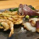 87027101 - 白えびのかき揚げ、徳島の蛸、鰹のタタキ